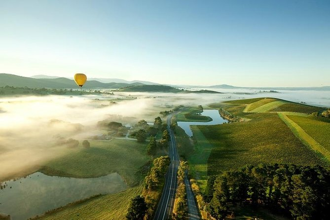 Yarra Valley Balloon Flight at Sunrise - Melbourne Tourism