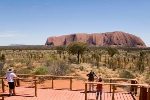 Uluru Small Group Tour including Sunset - Melbourne Tourism