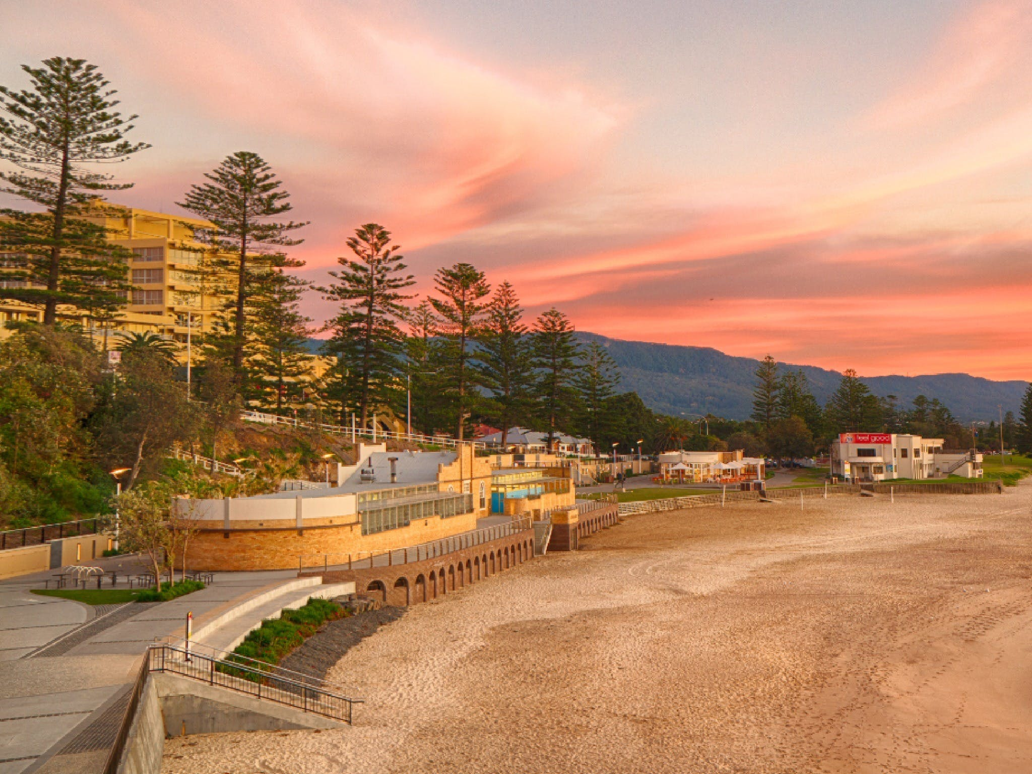 North Wollongong Beach - Melbourne Tourism