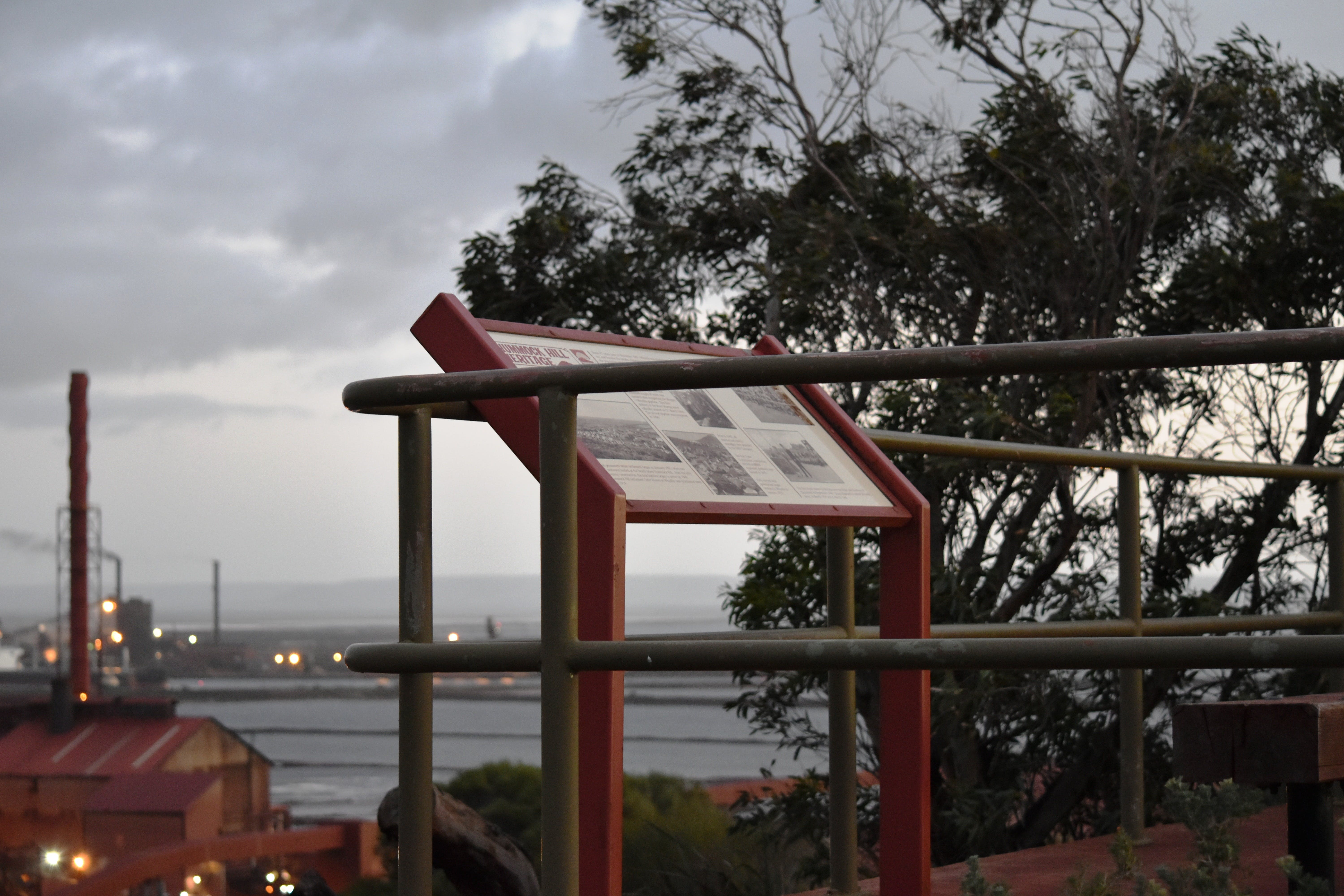 Hummock Hill Lookout - Melbourne Tourism