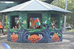 Howlong's Enchanted Hut - Melbourne Tourism
