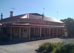 Old Bush Inn - Melbourne Tourism