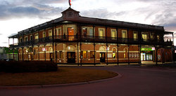 The Grand Terminus Hotel - Melbourne Tourism