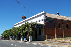 Red Hill Hotel - Melbourne Tourism