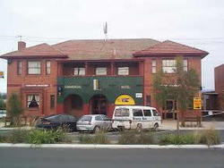 Commercial Hotel Hayfield - Melbourne Tourism