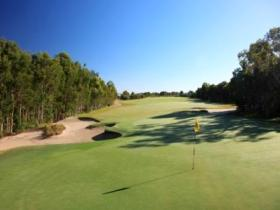 Pelican Waters Golf Club - Melbourne Tourism