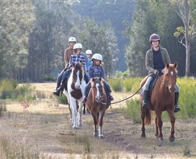 Horse Riding at Oaks Ranch and Country Club - Melbourne Tourism