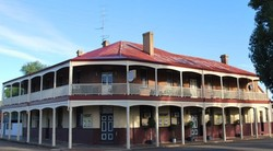 Brookton Club Hotel - Melbourne Tourism