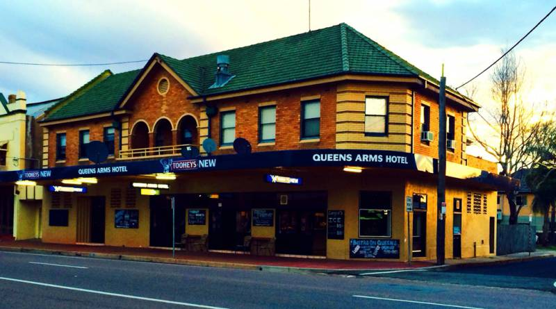 Queens Arms Hotel - Melbourne Tourism