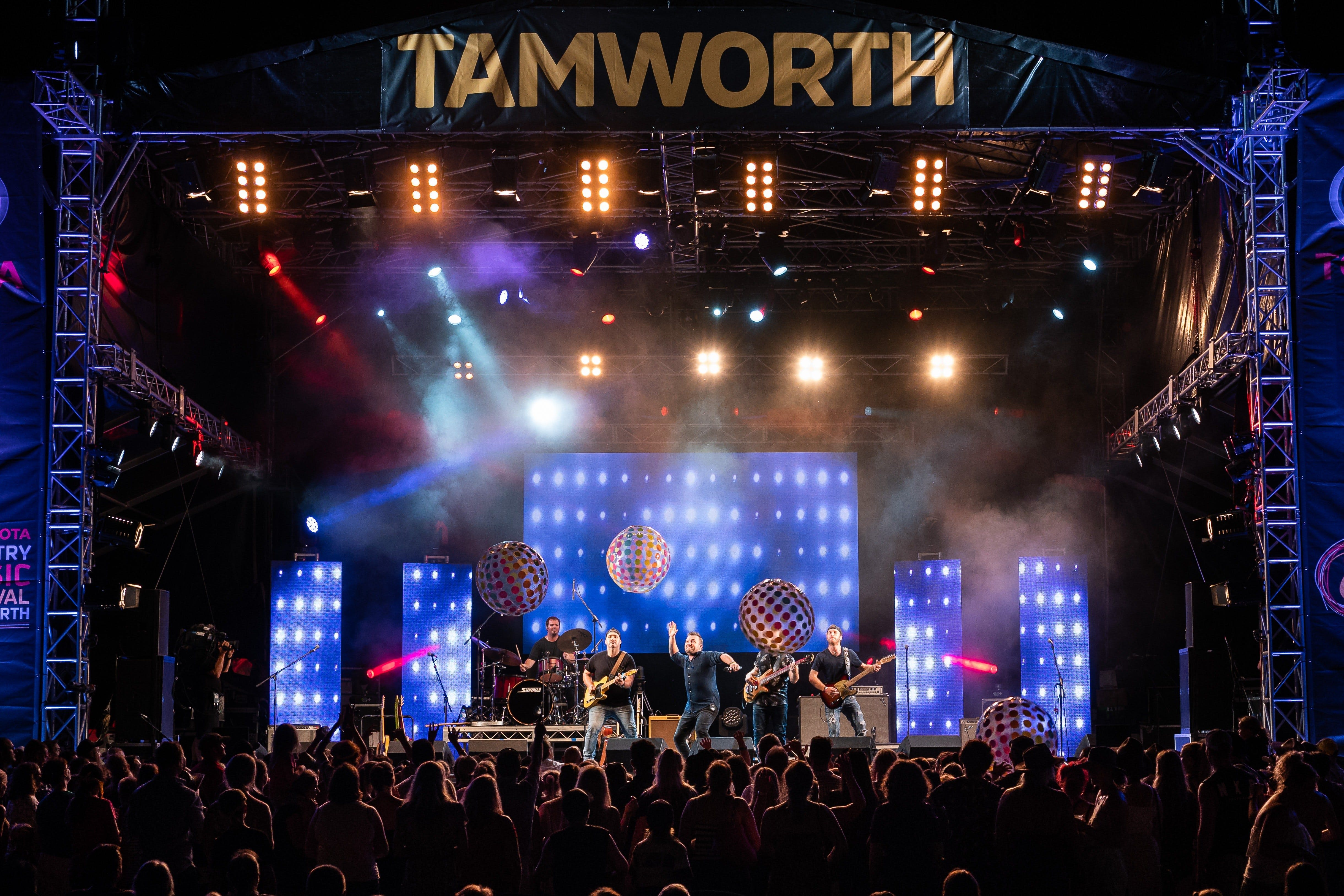 Toyota Country Music Festival Tamworth - Melbourne Tourism