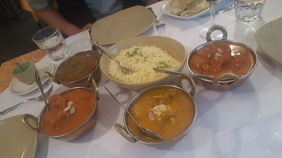 Tandoori  Curry Club - Melbourne Tourism
