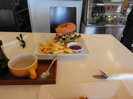 Brya's Cafe - Melbourne Tourism