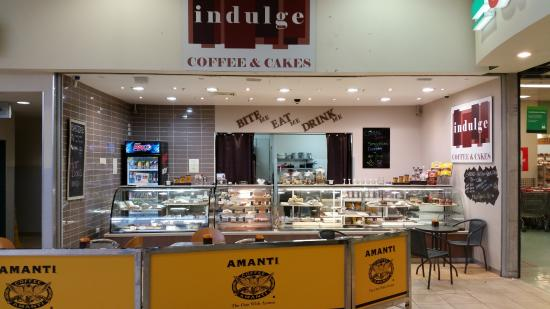 Indulge coffee and cakes - Melbourne Tourism