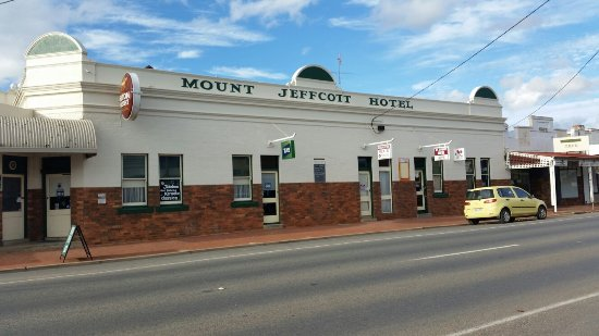 Mount Jeffcott Hotel - Melbourne Tourism