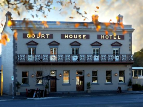 The Courthouse Hotel Bistro - Melbourne Tourism