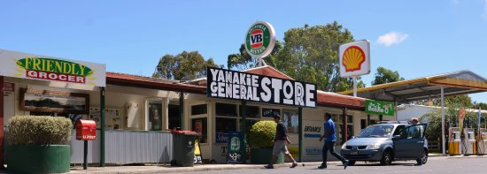 Yanakie General Store - Melbourne Tourism