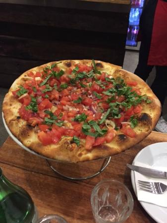 Fratelli's Wood Fired Pizza - Melbourne Tourism