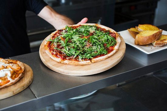 The Allambie Pizza Shop - Melbourne Tourism