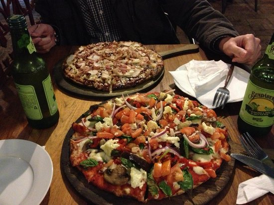 Morpeth Woodfire Pizza  Indian Delicacies - Melbourne Tourism