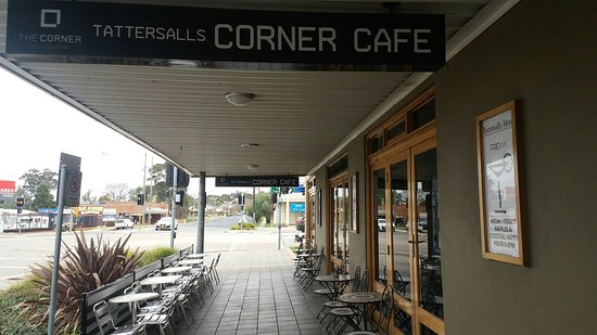 The Corner Cafe -Tatts Pub - Melbourne Tourism