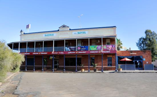 The Railway Hotel - Melbourne Tourism