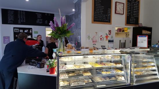 Tumut's Pie in the Sky Bakery - Melbourne Tourism
