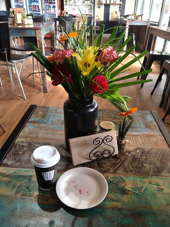 Dusty Beans Cafe - Melbourne Tourism