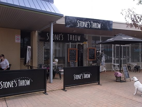 Stone's Throw - Melbourne Tourism