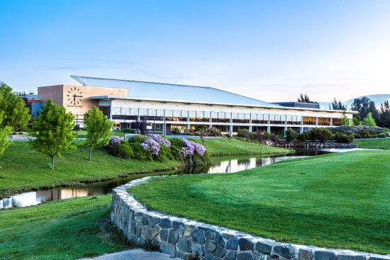 Gungahlin Lakes Golf Club - Melbourne Tourism