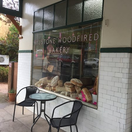 Rylstone Woodfired Bakery - Melbourne Tourism