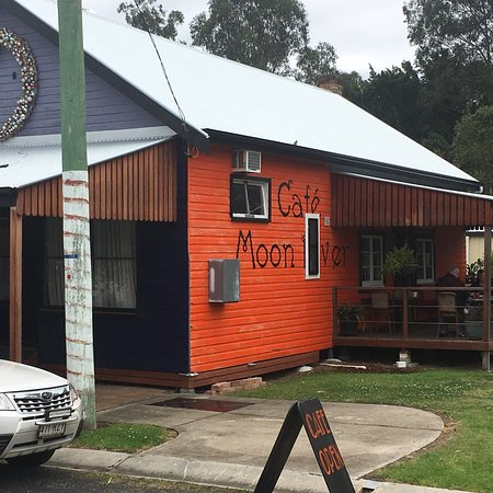 Moon River Cafe - Melbourne Tourism