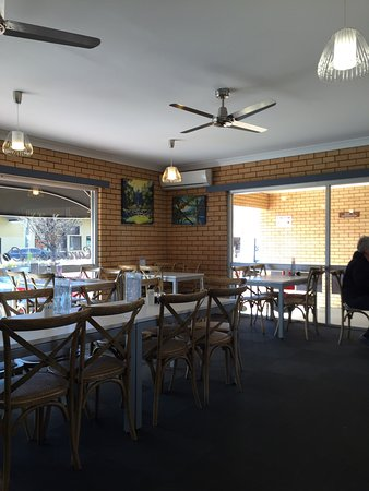 Cardian's Coffee Lounge - Melbourne Tourism