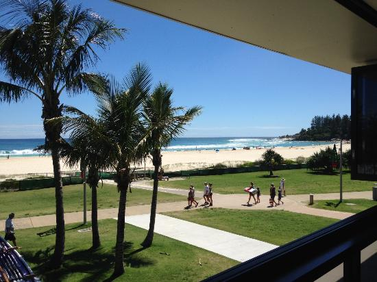 Coolangatta Surf Club - Melbourne Tourism
