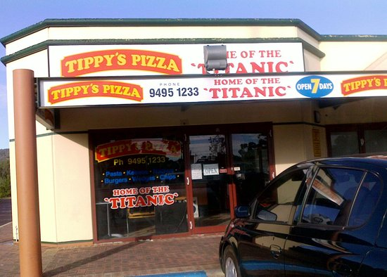 Tippy's Pizza