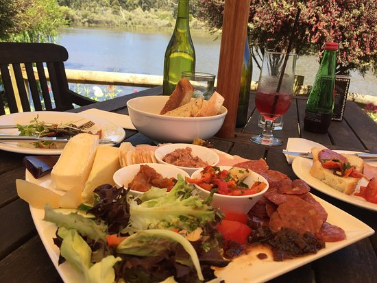 The Lake House Restaurant - Melbourne Tourism