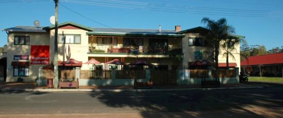 Northcliffe Hotel And Motor Inn - Melbourne Tourism