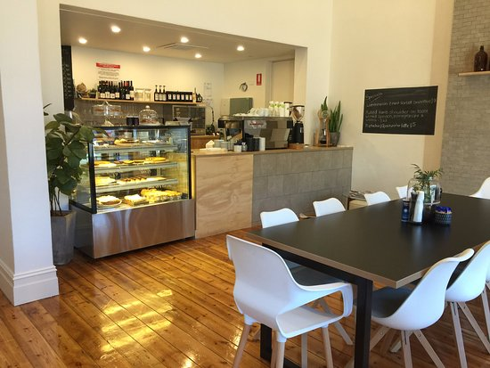 Hibernia Cafe - Melbourne Tourism