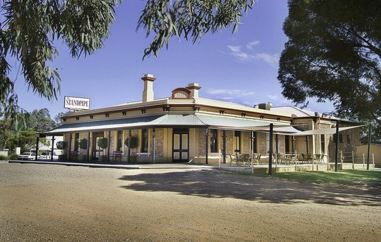 Standpipe Golf Motor Inn - Melbourne Tourism