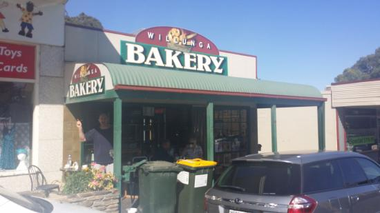 Willunga Bakery - Melbourne Tourism
