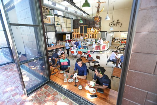The Uraidla Republic Cafe - Melbourne Tourism