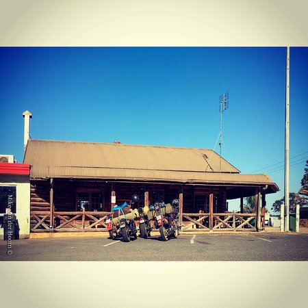 Gold Nugget Truck Stop - Melbourne Tourism