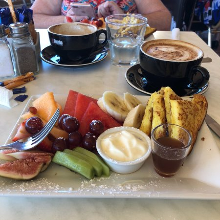 The Waterford Coffee Pot - Melbourne Tourism