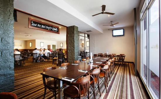 Graziers Steakhouse - Dalrymple Hotel - Melbourne Tourism