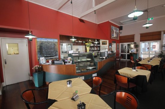 Henry's Cafe and Restaurant - Melbourne Tourism
