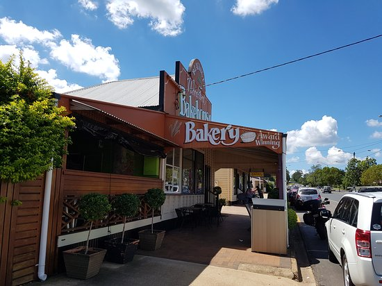 Blackbutt Woodfired Bakery - Melbourne Tourism