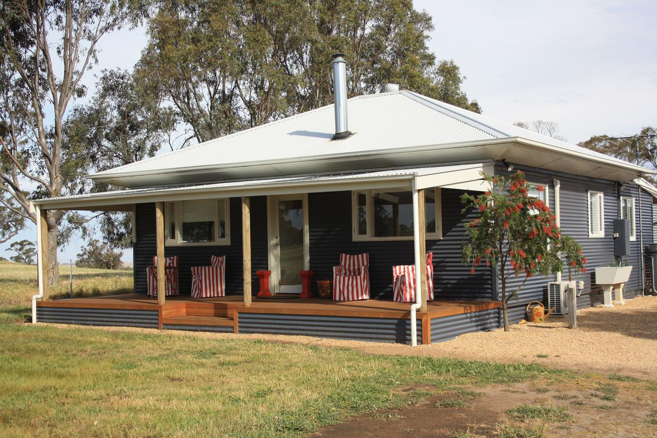 Rabbiters Hut - Melbourne Tourism