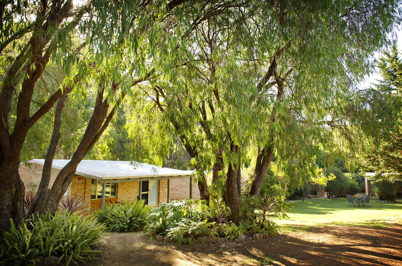 Peppermint Brook Cottages - Melbourne Tourism