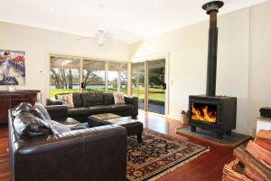 Terara Riverside Retreat - Melbourne Tourism