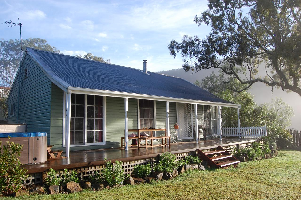 Cadair Cottages - Melbourne Tourism