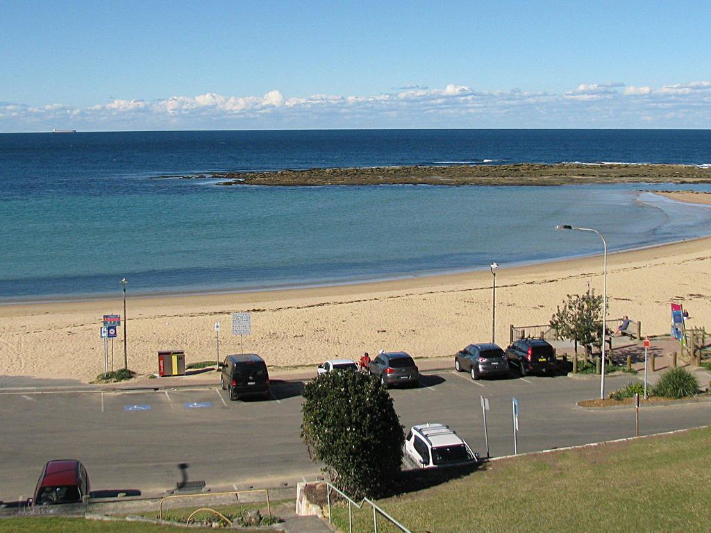 Toowoon Beach View 3br Villa 4 just steps to beach with views - Melbourne Tourism
